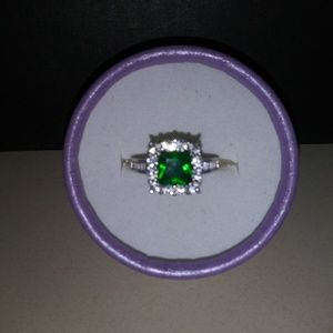 Stunning Emerald Colored and CZ 925 Stamped Ring